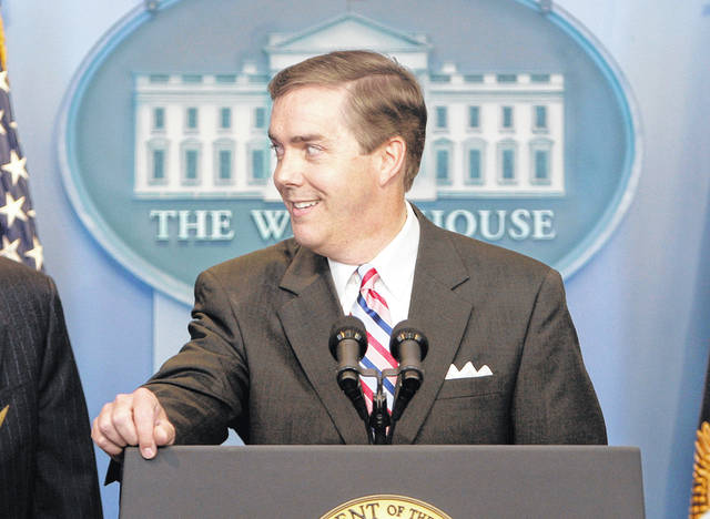 White House Correspondents Association President Steve Scully appears at the White House in 2007. C-SPAN suspended Scully, its political editor, indefinitely after he admitted to lying about having his Twitter account hacked.