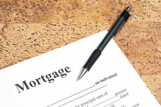 Most Americans haven't taken advantage of record-low mortgage rates by refinancing their homes.