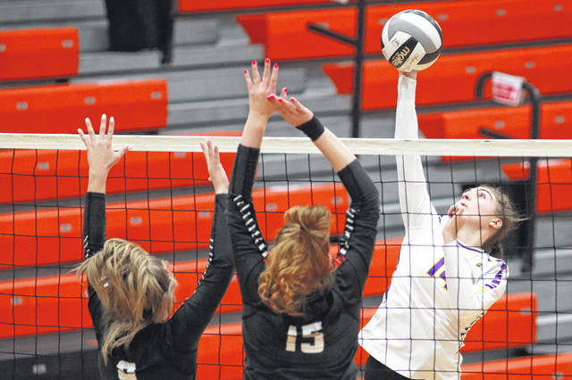Leipsic's Ava Henry hits a shot during a Thursday Division IV regional semifinal against North Central at Elida.