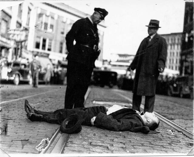 "The law caught up with gangster Alfred Brady in 1937 in Maine. Ed Swaney, a Lima policeman involved in the local shootout, told a reporter, ""I'd like to have been a G-man and been right along when they caught up with that gang."""