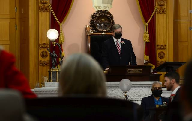Rep. Bob Cupp takes the podium as the official House Speaker of the 134th Ohio General Assembly.