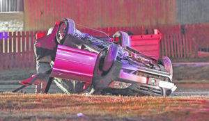 Minor injury in rollover crash in Lima