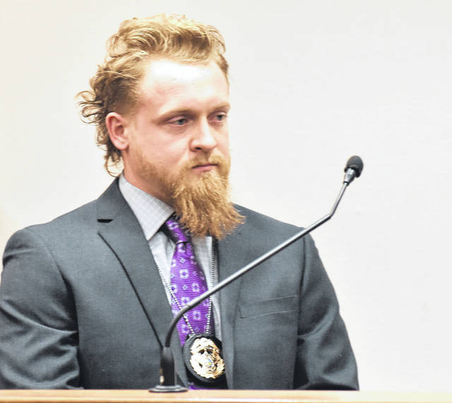 """Detective Evan Thomas, of the Allen County Sheriff's Office, was the lone witness during a brief trial for Mary Spurlock on Monday. Thomas testified that he suffered a """"small laceration with a medium amount of bleeding"""" after being stabbed by Spurlock with his own knife."""