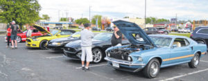 Mustang Maniacs gather in Lima