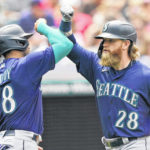 Mariners beat Indians 6-2