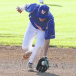 Ice Haulers hot at the plate, defeat Locos