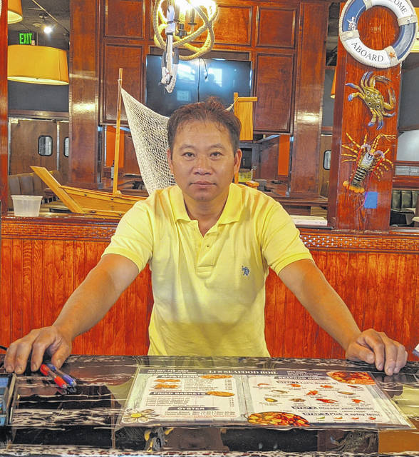 Zan Feng, who owns a restaurant in the Lima Mall has expanded to open Li's Seafood Boil in the former Ruby Tuesday's location.