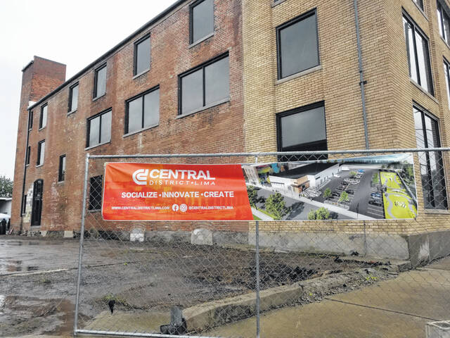 New windows have been installed in this building which is the centerpiece of The Central District in Lima.