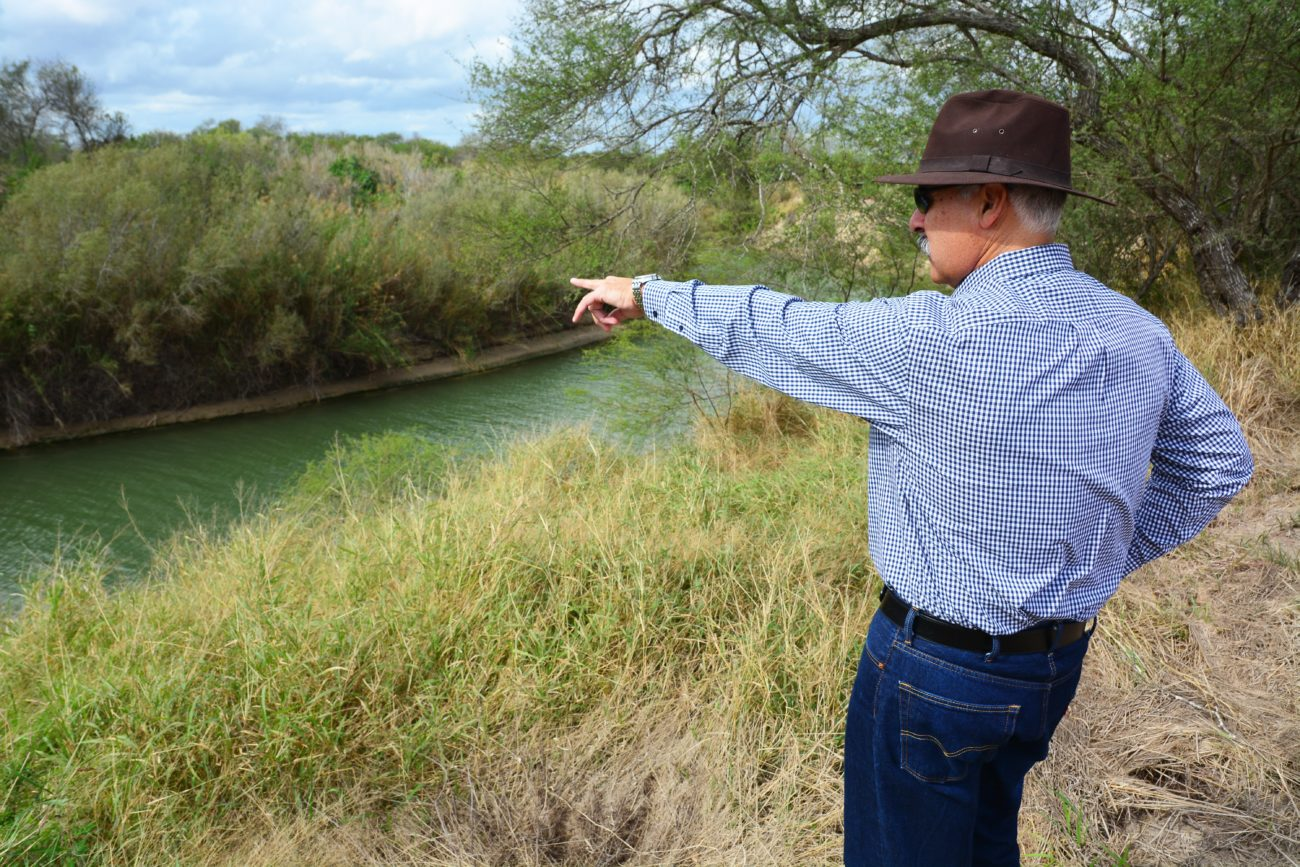 Cameron's wall: How border fence in Los Indios works, and doesn't - The Monitor