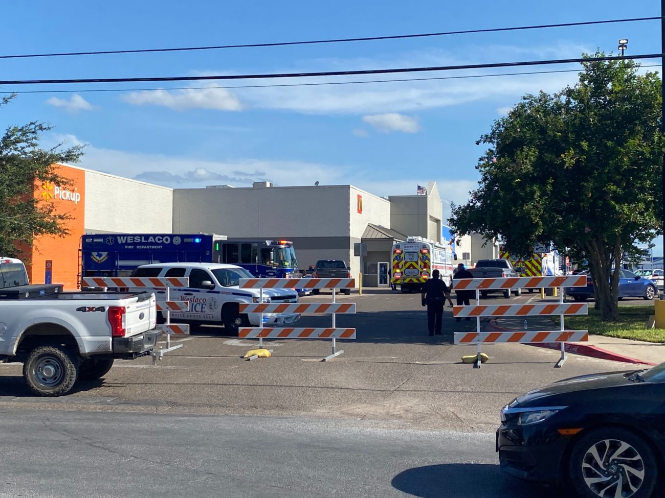 Police respond to active situation at Weslaco Walmart - The Monitor