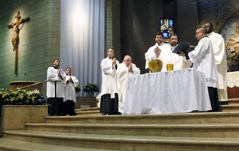Bishops, priests to celebrate Chrism Mass on Tuesday