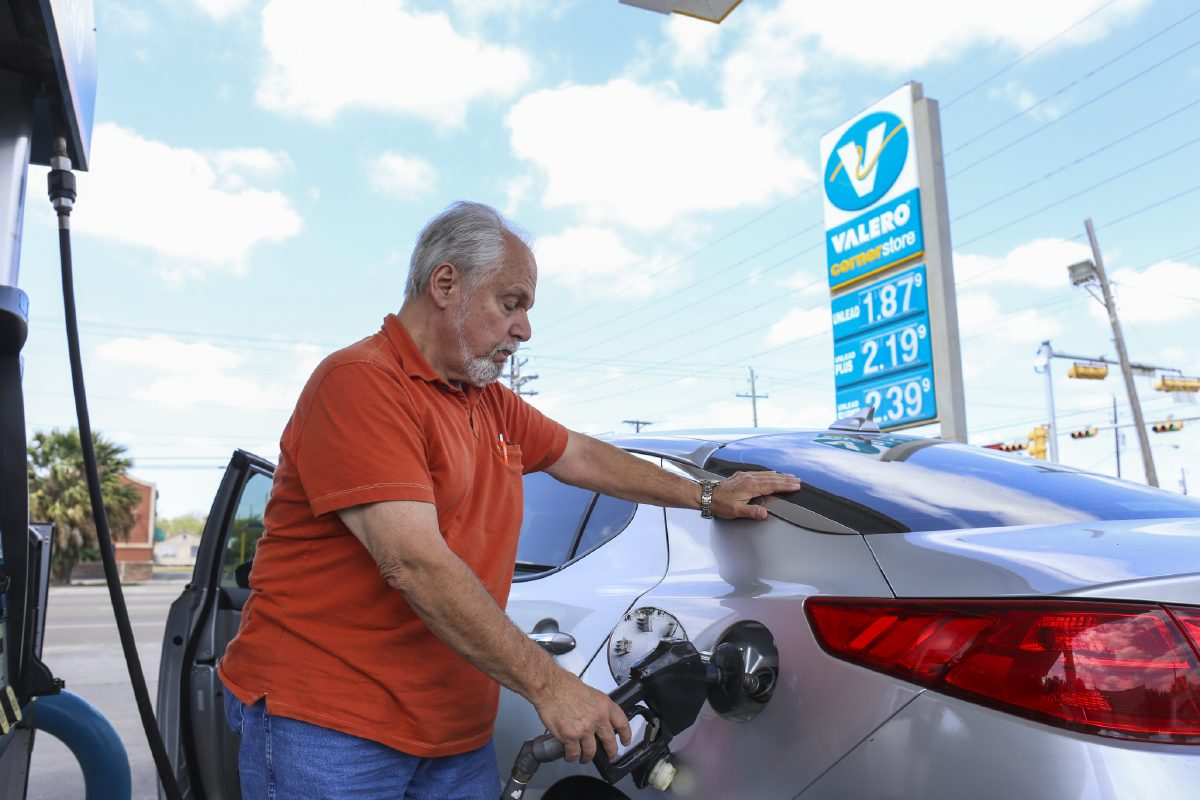 Making Ends Meet Gas prices drop in Western New York; statewide Paul Ross 5:02 AM